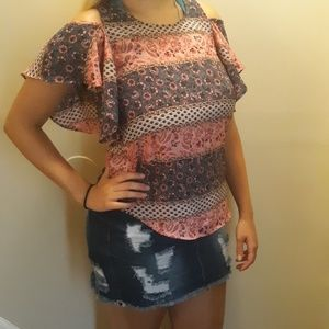 Beautiful multi pattern cool for the summer shirt.
